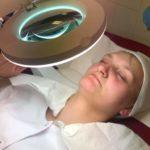 Słuchaczki SPMiS kierunku technik usług kosmetycznych wykonały zabieg manualnego oczyszczania twarzy z wapozonem