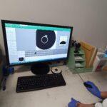 sluchacze-kierunku-technik-elektroradiolog-podczas-zajec