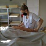 zajecia-praktyczne-z-masazu-studium-pracownikow-medycznych-i-spolecznych-20