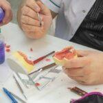 technik-dentystyczny-lodz-szkoly-medyczne-15