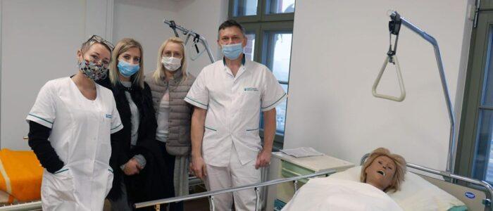 opiekun-medyczny-studium-pracownikow-medycznych-i-spolecznych-3